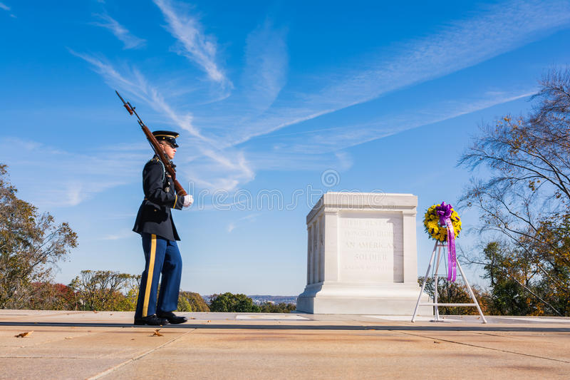Tomba soldato sconosciuto Closeup Patrol Guard del novembre 2016 B fotografia stock libera da diritti