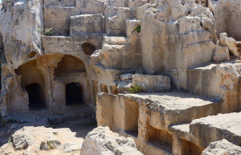 Tombe archeologiche del parco di re, catacombe antiche delle tombe, Cipro fotografie stock