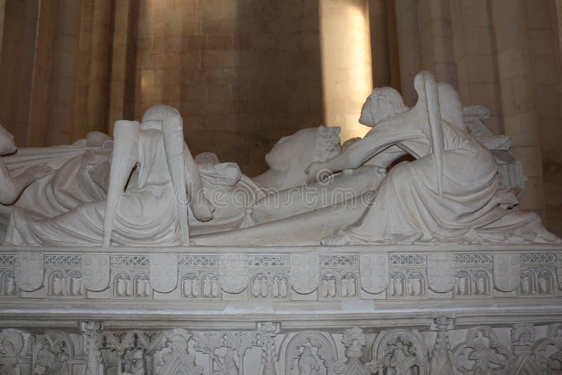 Tombe de monastère de D Ines Alcobaça images libres de droits