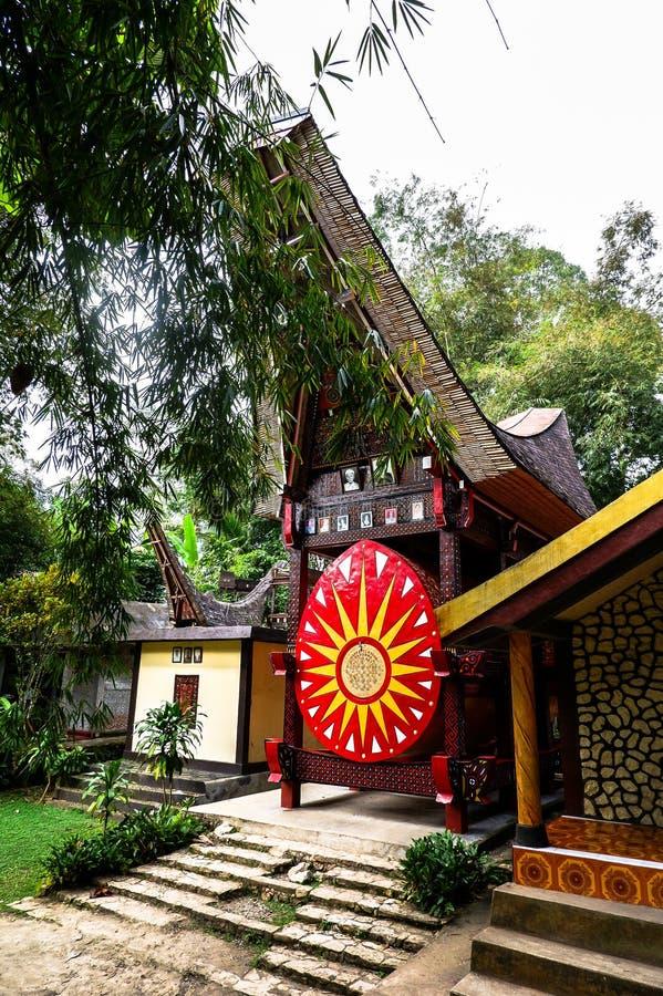 Tombe di Torajan in Sulawesi, Indonesia immagini stock