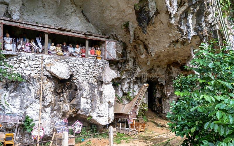 Tombe di Torajan in Sulawesi, Indonesia fotografie stock
