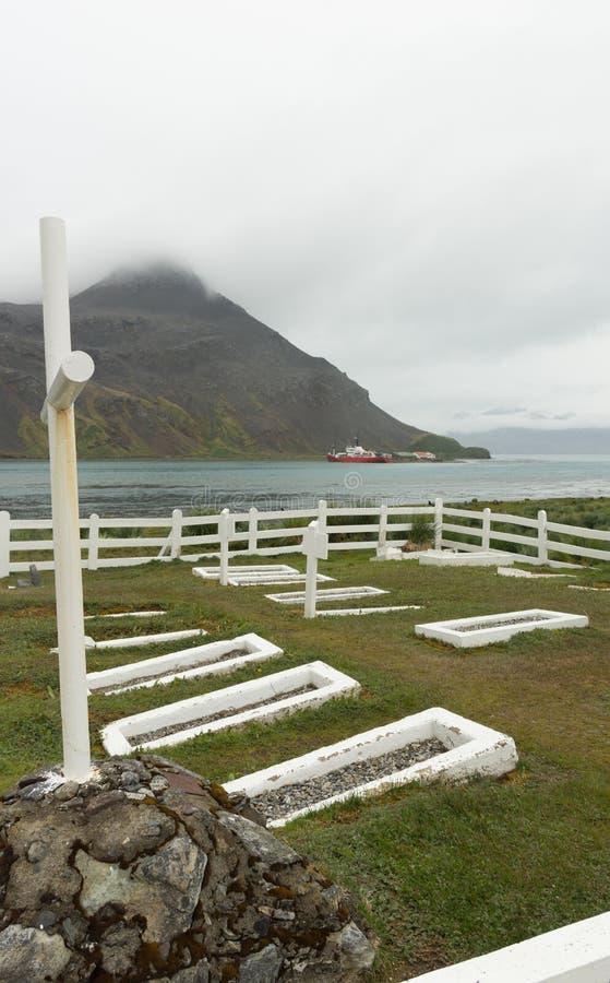 Tombe du ` s d'Ernest Shackleton chez Grytviken en Géorgie du sud images libres de droits