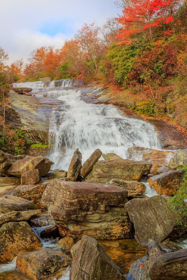 Tombe en second lieu le nord Carolina Autumn de champs de cimetière photos stock