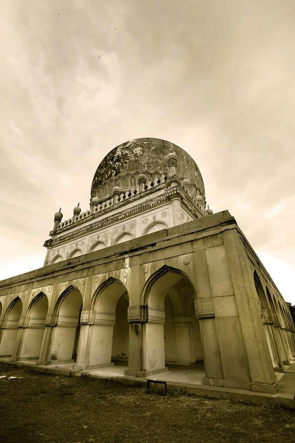 Tombeaux de Quli Qutb Shahi photos stock