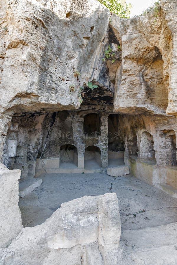 Download Tombes Des Rois Dans Paphos Sur La Chypre Image stock - Image du civilisation, detail: 76080509
