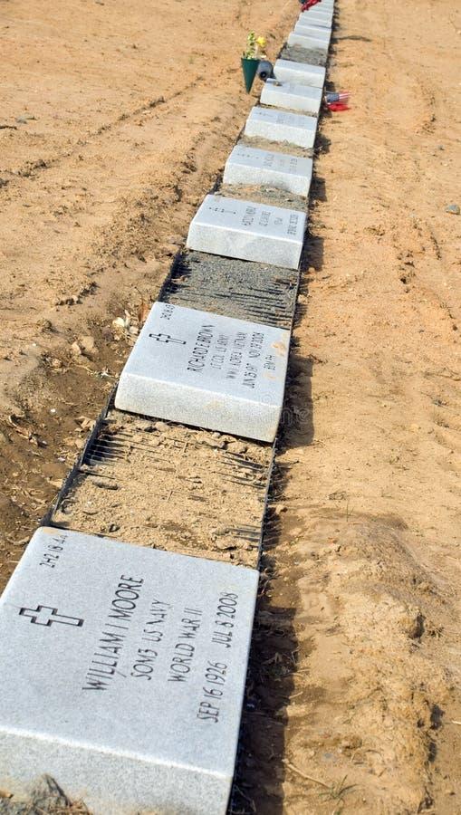 Tombes fraîches image libre de droits