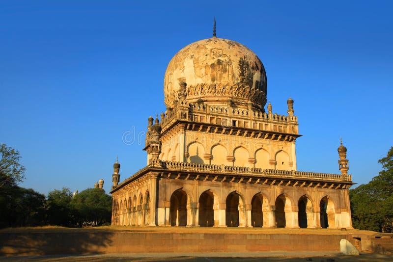 Tombes historiques de Quli Qutbshahi à Hyderabad images libres de droits