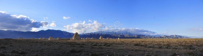 Tombes impériales occidentales de Xia photographie stock libre de droits