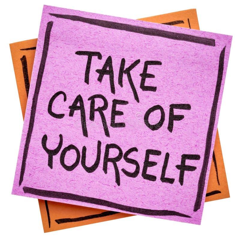 Tome a cuidado do senhor mesmo a nota do lembrete fotografia de stock