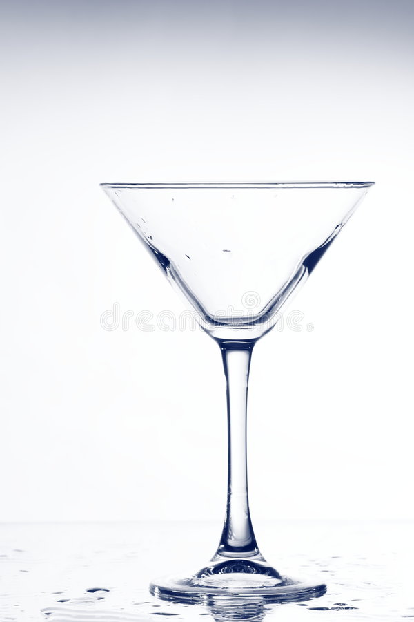 tomma glass martini arkivbilder