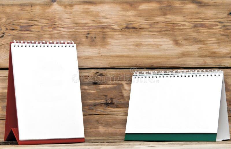 Tomma skrivbordkalendrar royaltyfria bilder