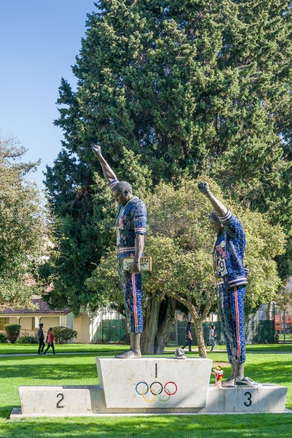 Tommie Smith et John Carlos Statue chez San Diego State University photographie stock libre de droits