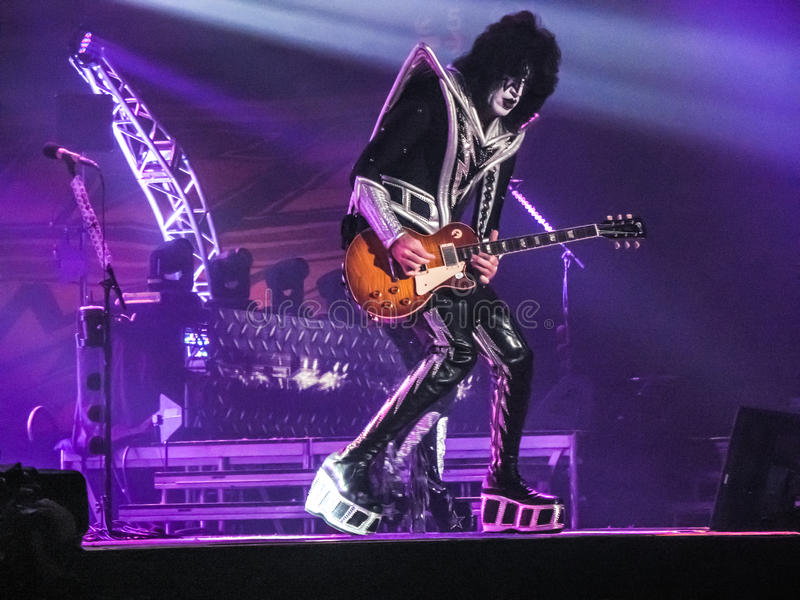 Tommy Thayer Lead Guitarist des Kusses stockfotografie
