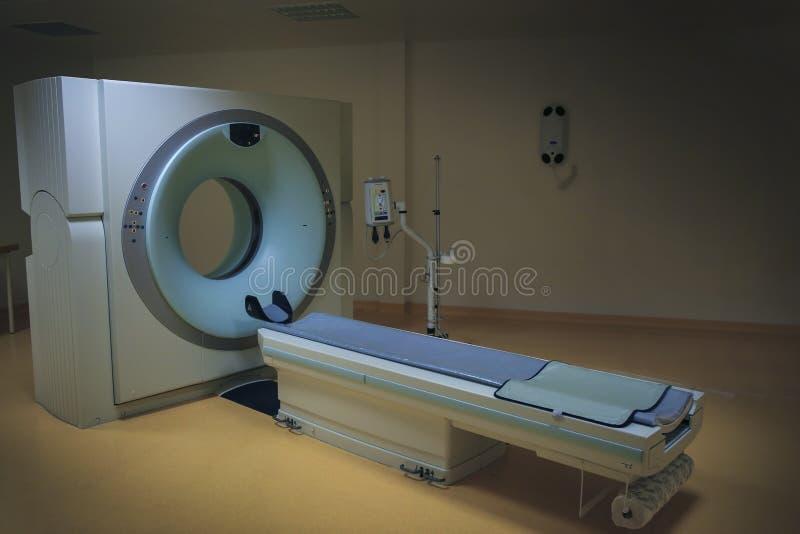 Tomograph in clinica immagine stock