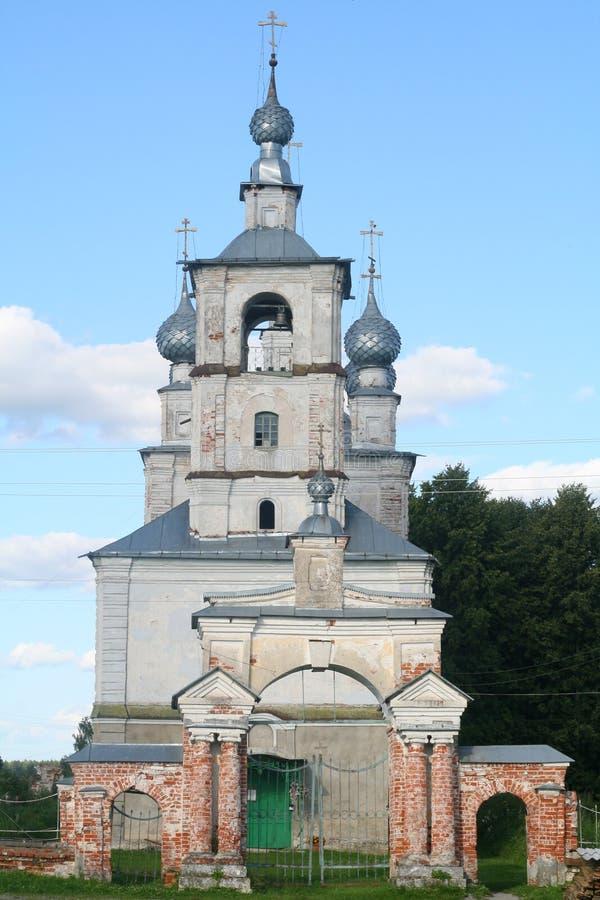 tomsk för ryss för kyrklig kolarovo för område gammal by arkivbilder