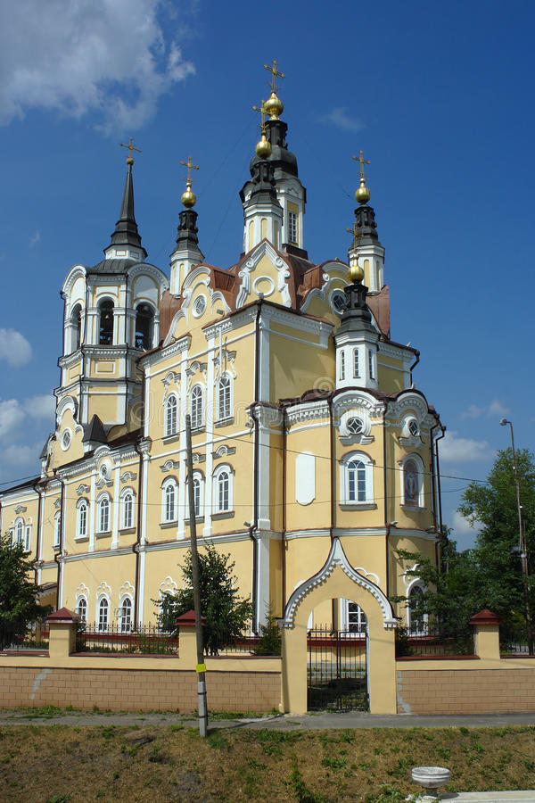 Tomsk Voskresenskaya kyrka arkivbild