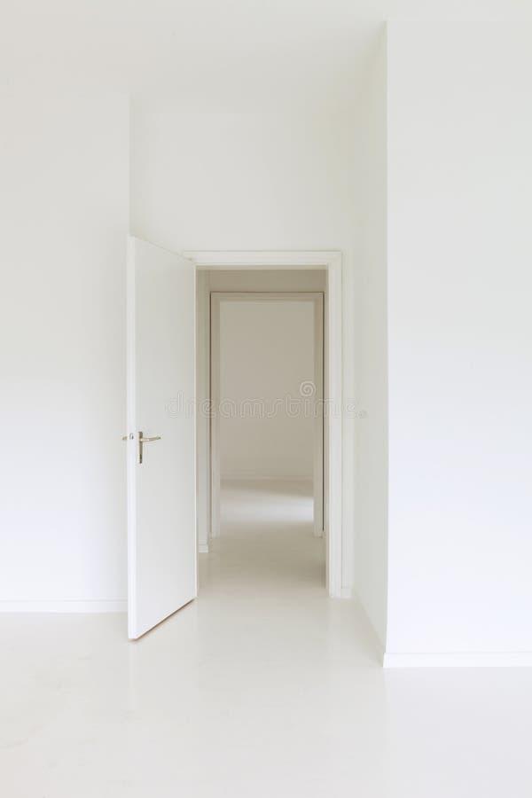 Inre öppen dörr arkivbilder
