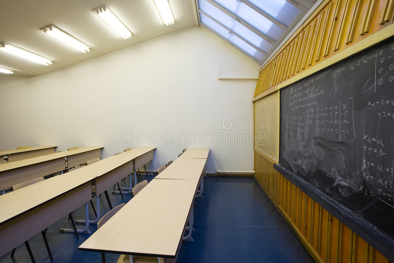 tomt klassrum royaltyfria bilder