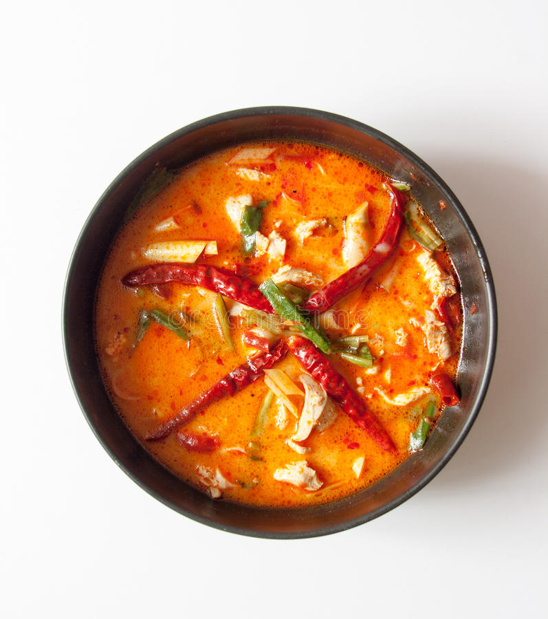 tomyum da galinha o alimento picante favorito em Tailândia foto de stock