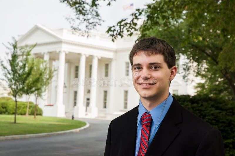 Tonårig pojke på Vita Huset arkivbilder