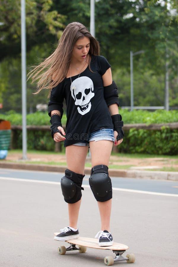 Tonårig Skateboarder royaltyfria foton
