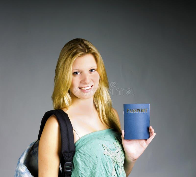 Tonåring som är klar att gå royaltyfri bild