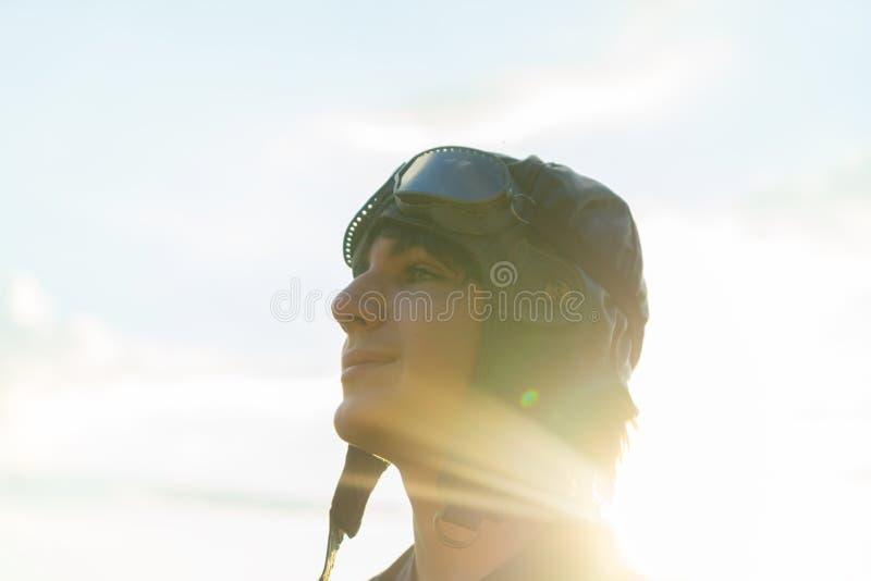 Tonåringpojkepilot arkivfoto