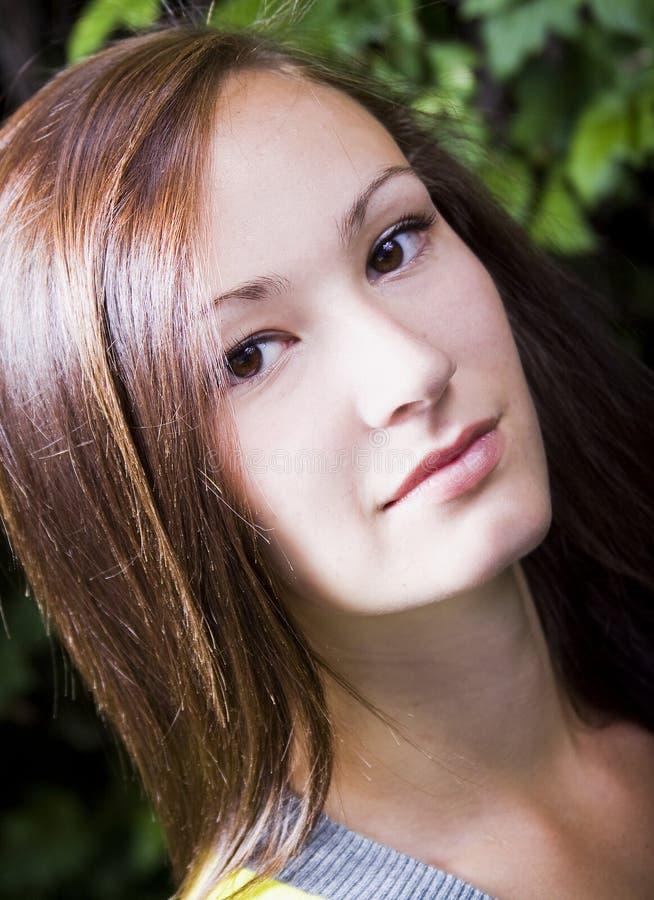 tonårs- övre för tät flicka royaltyfria foton