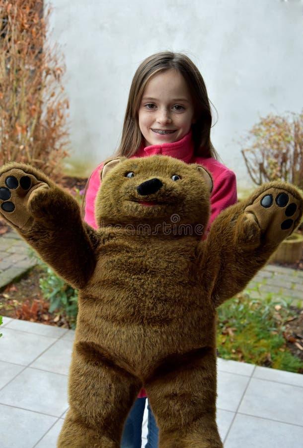 tonårs- björnflickanalle arkivbild
