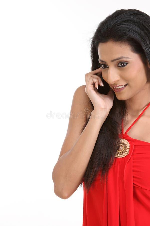 tonårs- indisk telefon för cellflicka arkivbild