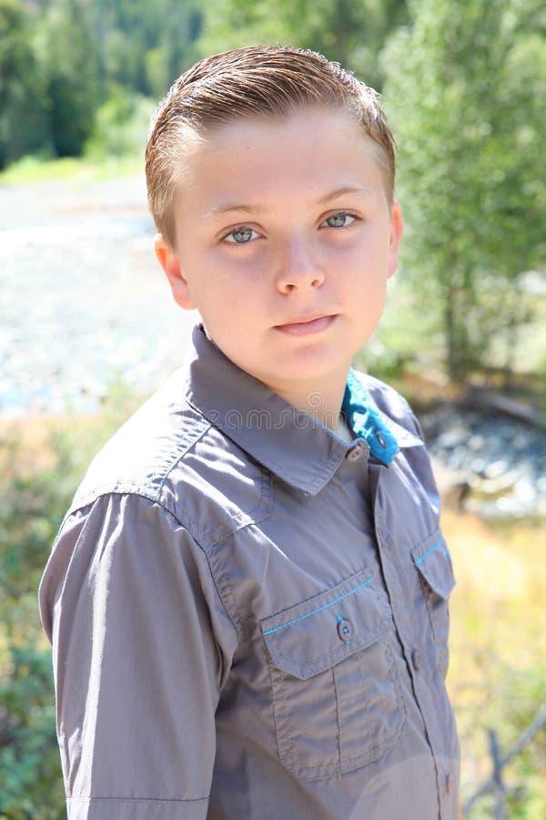 Tonårs- pojke royaltyfri fotografi