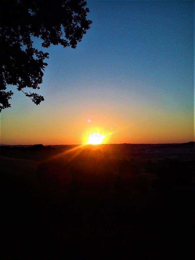 Tonalità dei colori e della magia del tramonto immagini stock