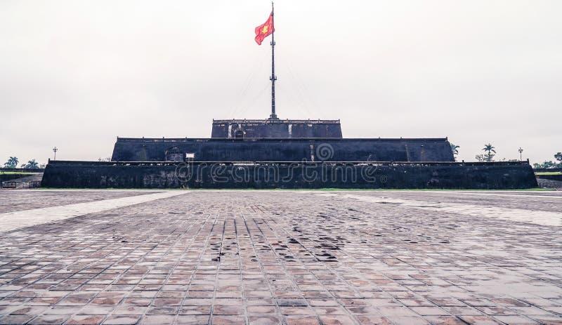 Tonalità della torre della bandiera fotografia stock libera da diritti