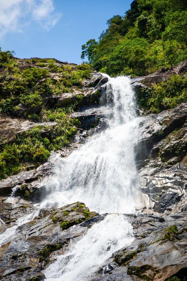 Tonanri瀑布风景,南部海南省,中国的本质 免版税库存照片