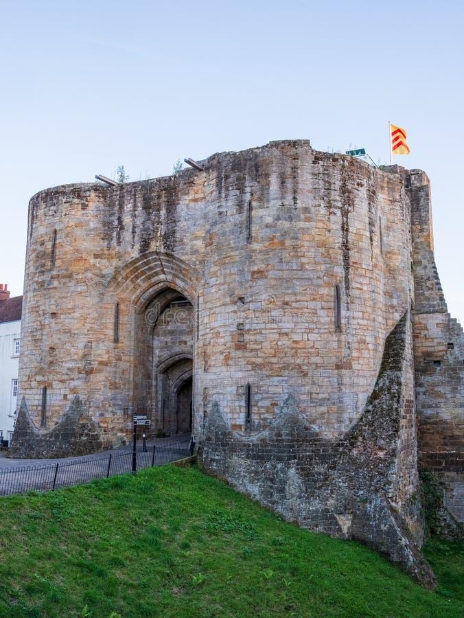 Tonbridge Castle i september 2019 royaltyfri bild