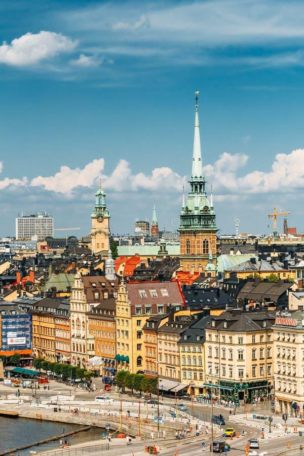 Toneel de zomerlandschap van de Oude Stad in Stockholm royalty-vrije stock afbeelding
