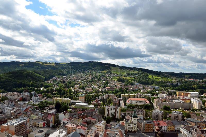 Toneelcityscape van Nachod-stad in de fotografie van de Tsjechische Republiek royalty-vrije stock foto's