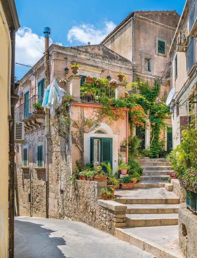 Toneelgezicht in Modica, beroemde barokke stad in Sicilië, zuidelijk Italië stock fotografie
