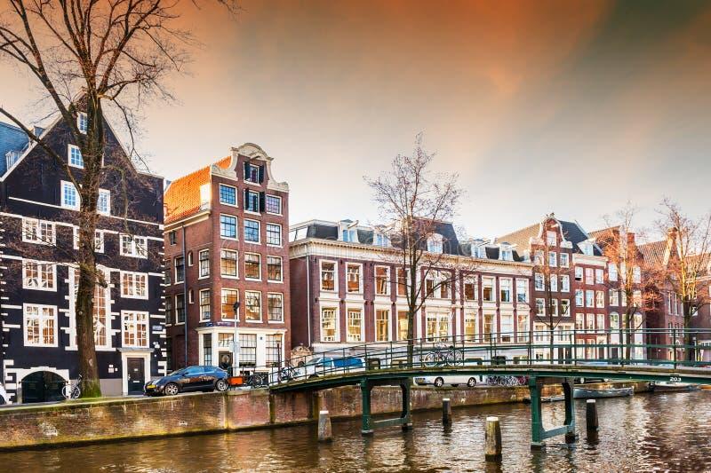 Toneelkanaal in Amsterdam, Nederland royalty-vrije stock foto