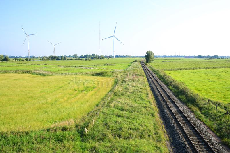 Toneellandschap in Wangerland, Friesland, Nedersaksen, Duitsland royalty-vrije stock foto