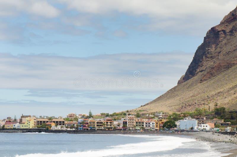 Toneelmening van het strand van Valle Gran Rey in La Gomera stock foto