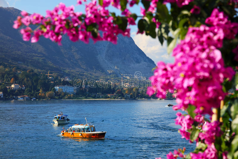Toneelmening van Isola Bella, Lago Maggiore, Italië, Europa stock afbeelding
