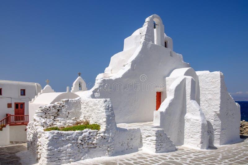 Toneelmening van vergoelijkte kerk Panagia Paraportiani, Mykonos, royalty-vrije stock foto's