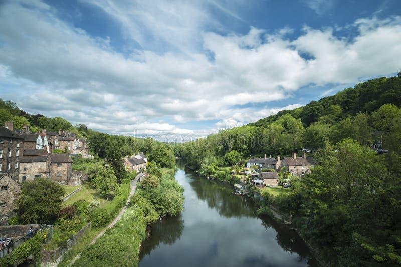 Toneelweergeven over Severn River in Ironbridge stock fotografie