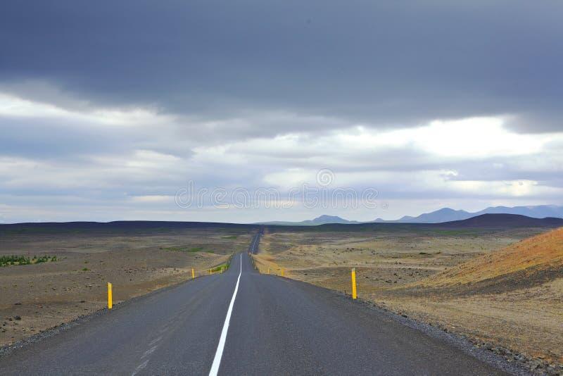 Toneelweg op IJsland stock afbeelding