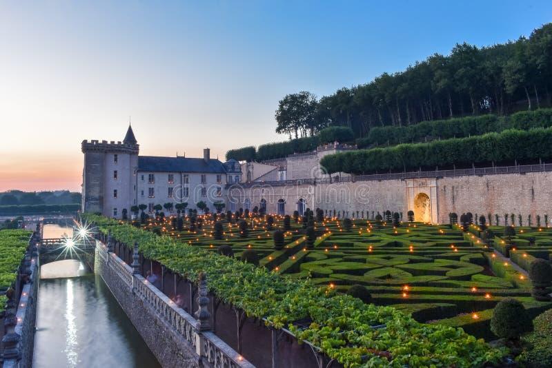 Tonen de de zomer romantische lichten bij Villandry-Kasteel, de Loire Frankrijk stock fotografie
