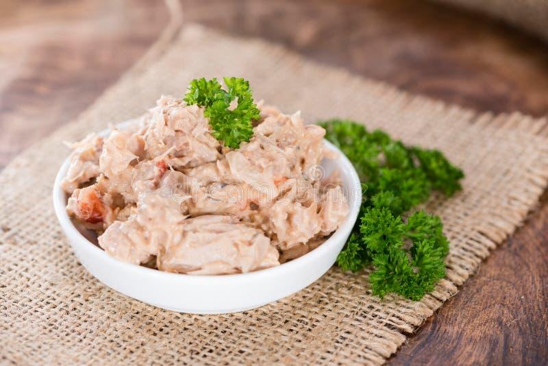 tonfisk för främre sallad för fokus selektiv arkivfoton