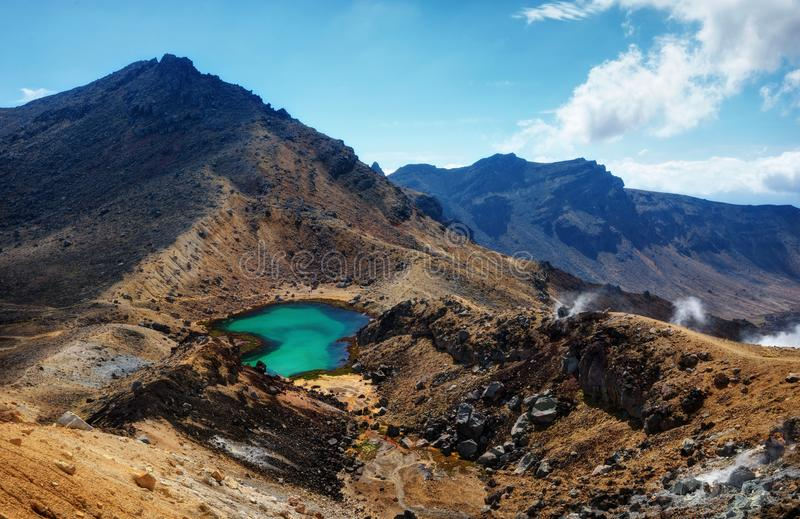 Tongariro alpina korsa Nya Zeeland royaltyfri bild