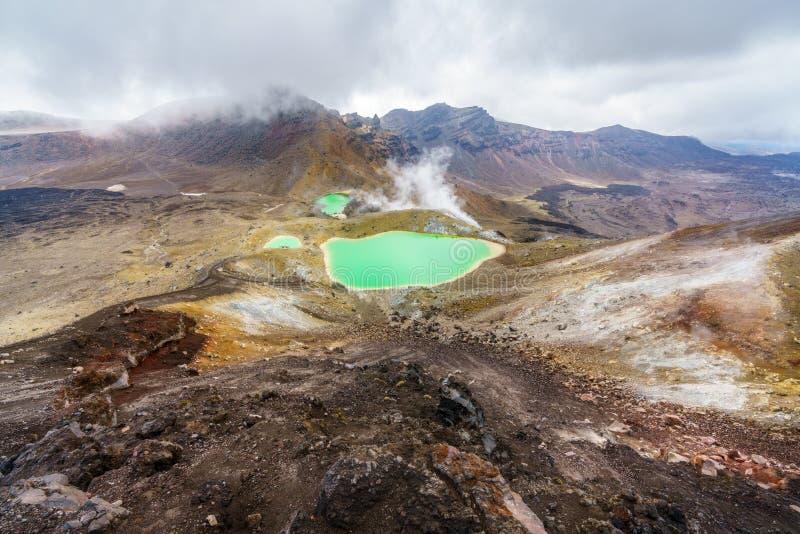 Tongariro wysokogórski skrzyżowanie, szmaragdowi jeziora, wulkan, nowy Zealand 5 obrazy royalty free