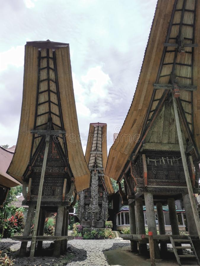 Tongkonan la Chambre traditionnelle de Toraja photographie stock